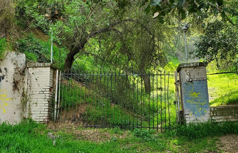 Abandoned Historic Places in California